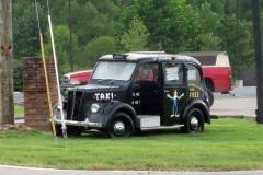 poppy-mountain-car-1