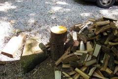 splitting-wood